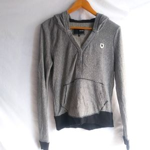 HURLEY Gray V-Neck Sweater Size Small